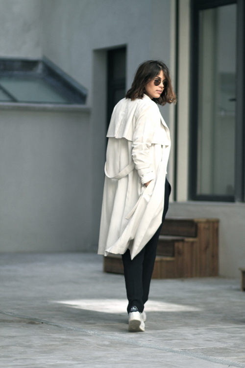 blogger trench coat