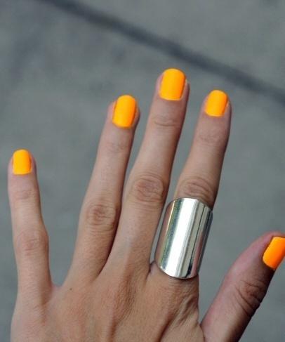 trendy summer nails