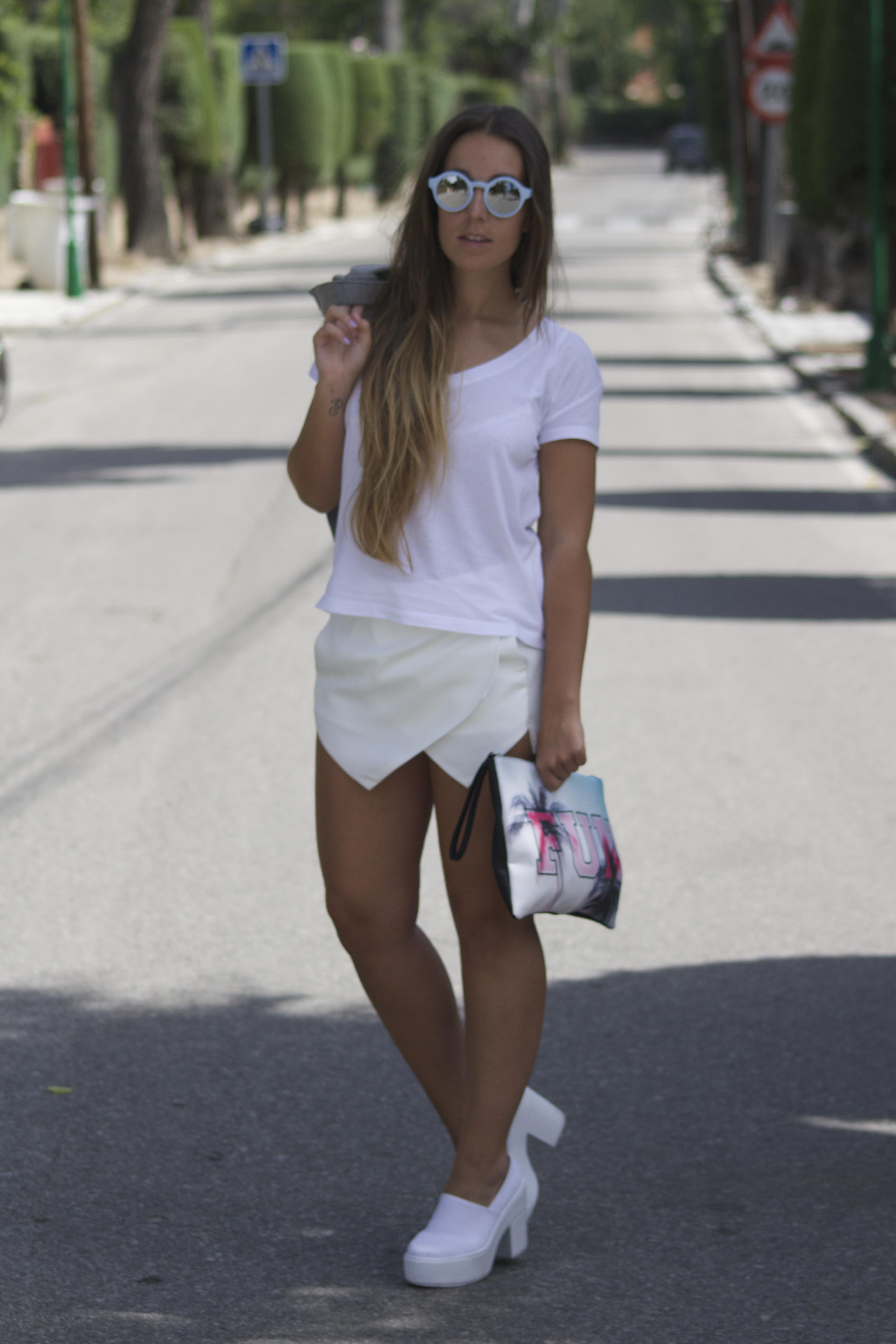 outfit falda pantalón