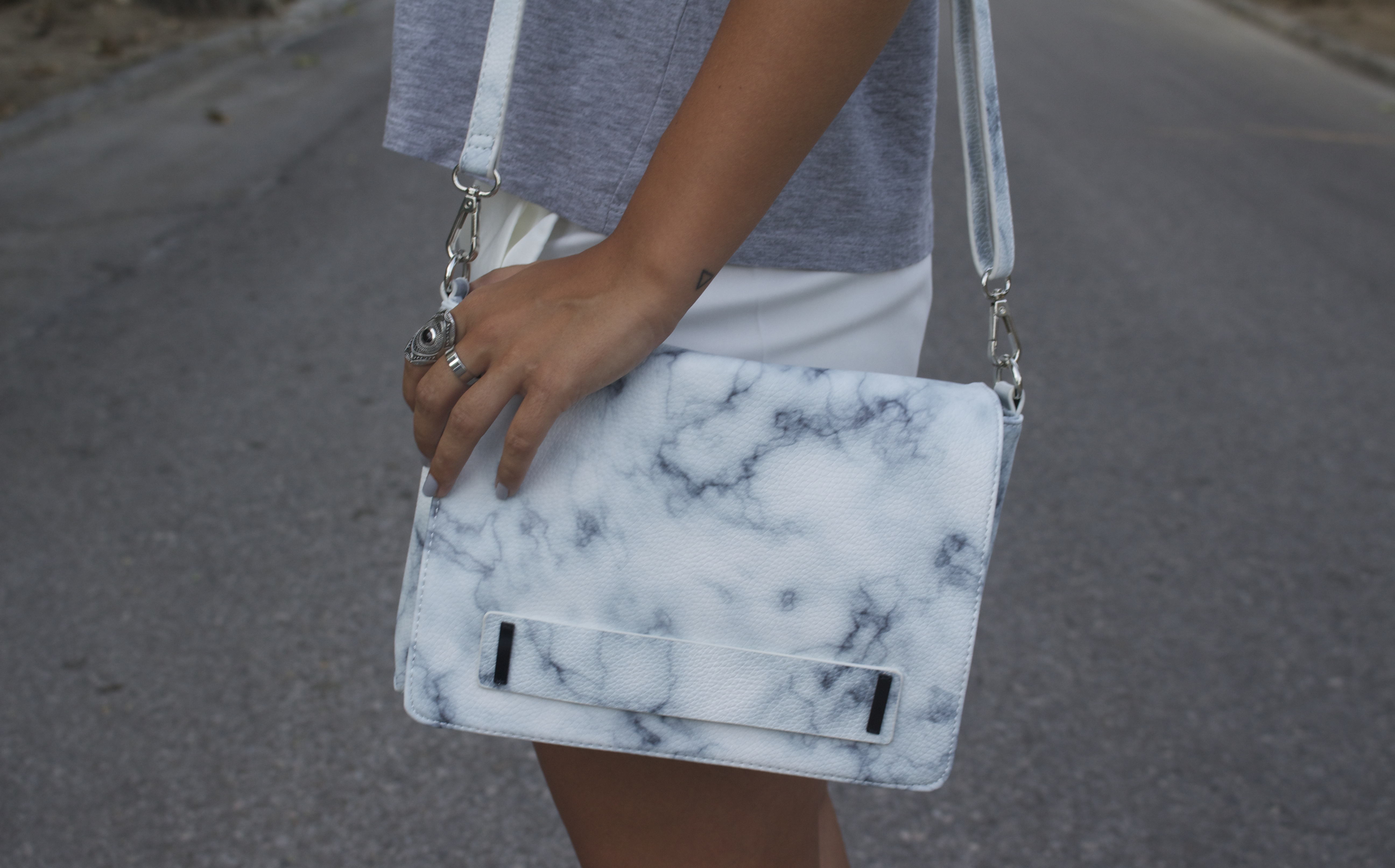 marble print bag