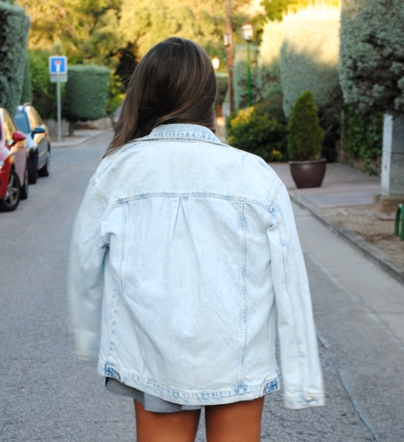 chaqueta denim oversized