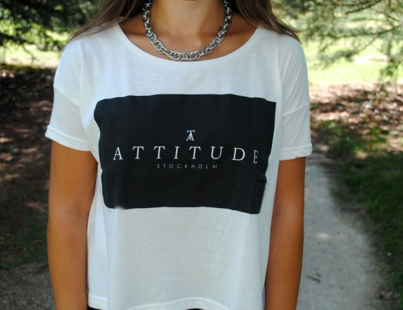 minimal design t-shirt