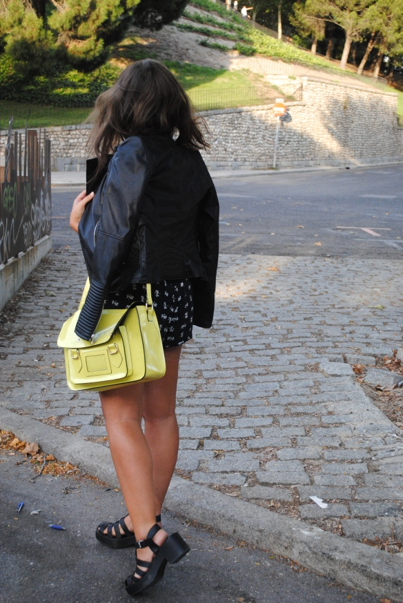 black and yellow look