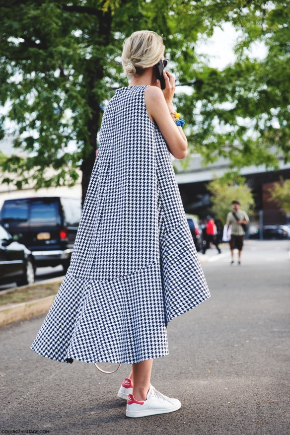 New_York_Fashion_Week_Spring_Summer_15-NYFW-Street_Style-Checked_Dress-Adidas_Stan_Smith-Alexander_Wang-