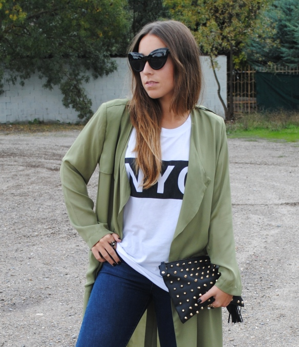 relaxed fall outfit
