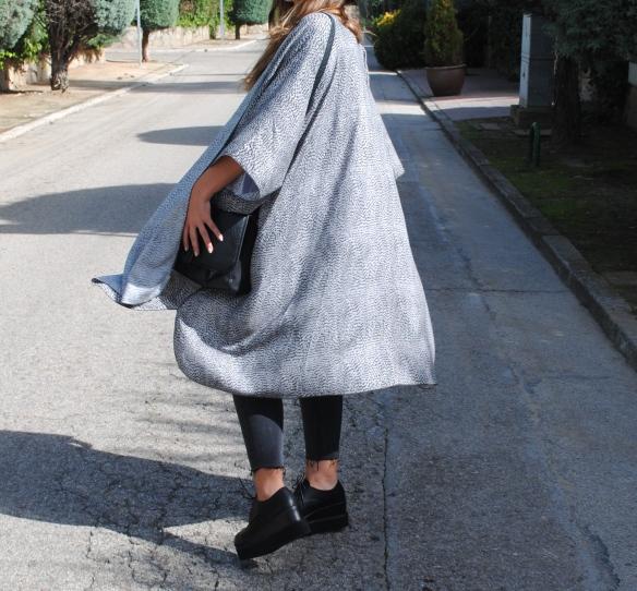 grey printed kimono