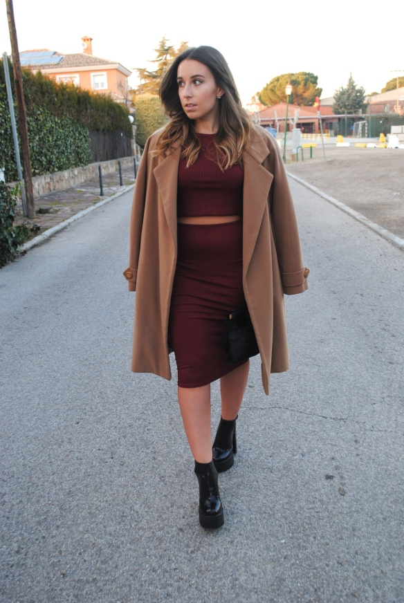 chic festive outfit