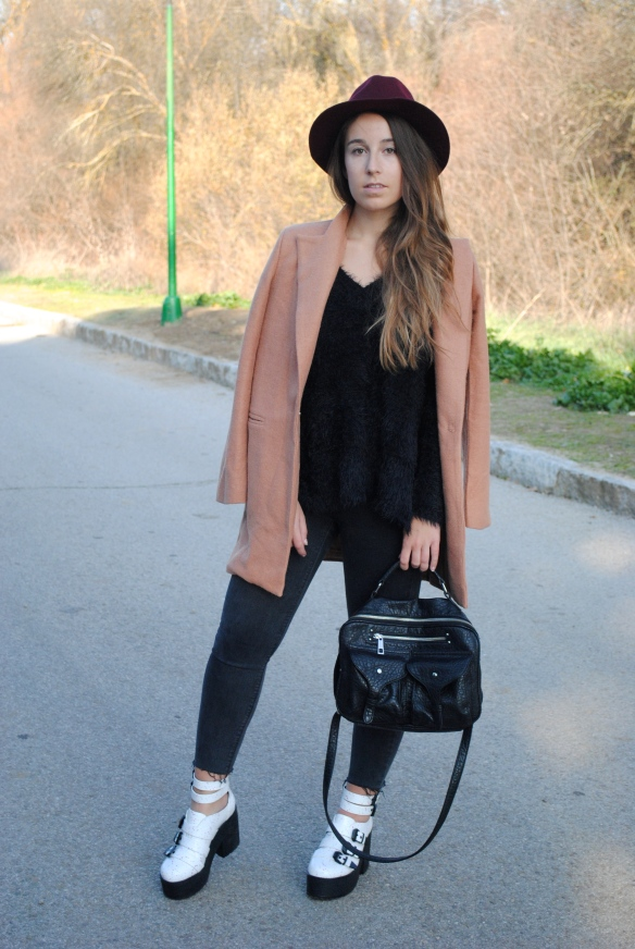 casual chic winter outfit
