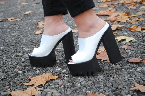 white chunky heel mules