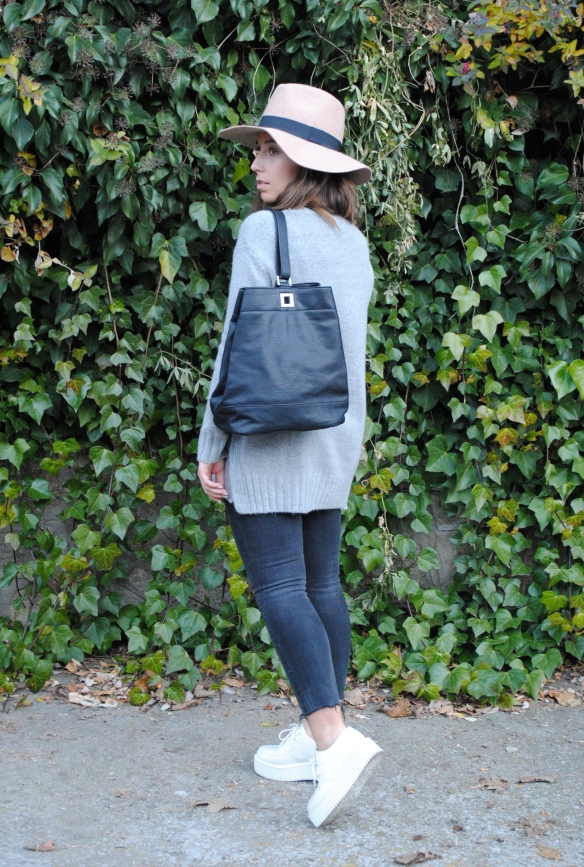 black bagpack outfit