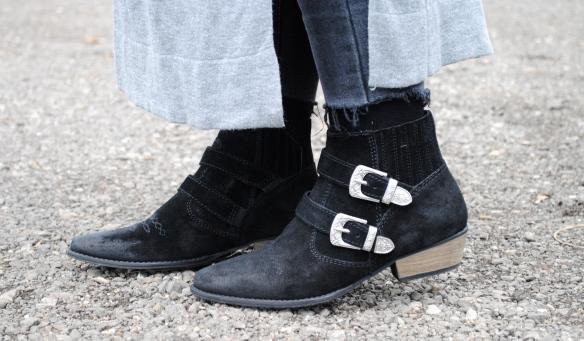 festival vibe black ankle boots