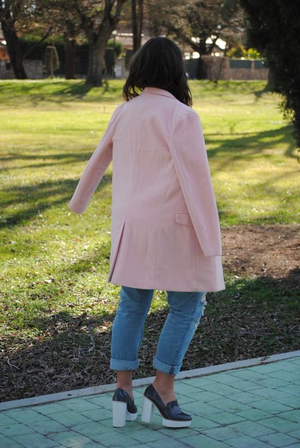 abrigo rosa pastel