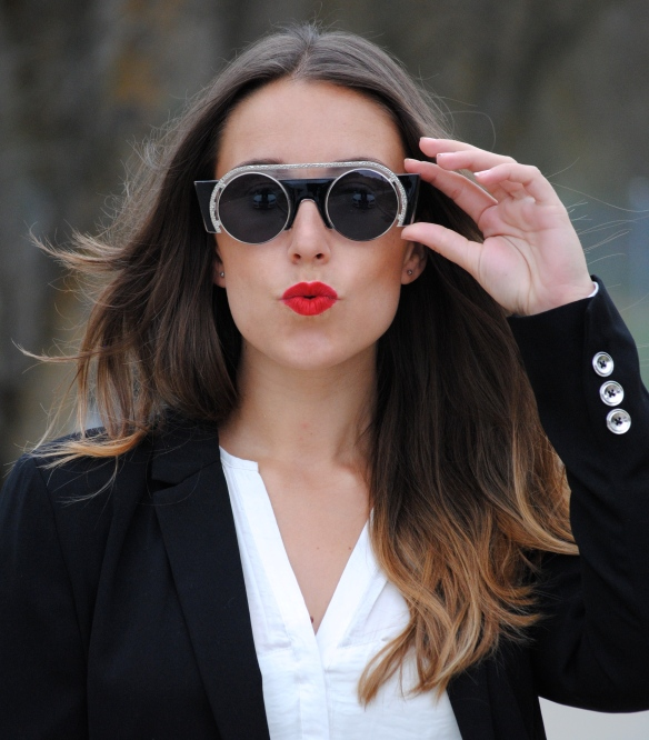 retro chic sunglasses
