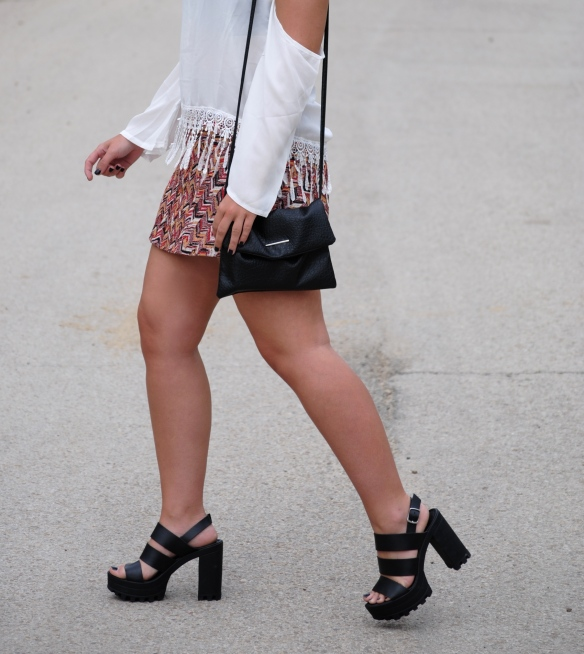 black chunky heel sandals