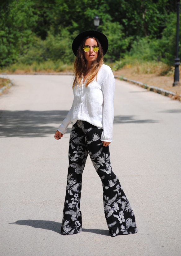 flare pants look