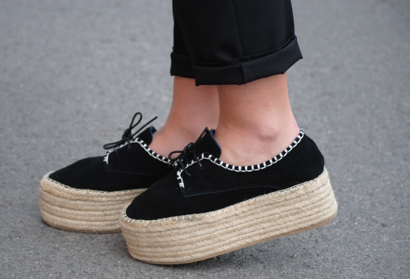 flatform lace up shoes
