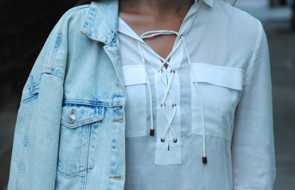 camisa cordones blanca